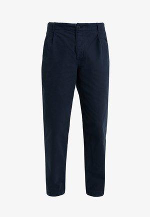 ASSEMBLY PANTS - Spodnie materiałowe - navy