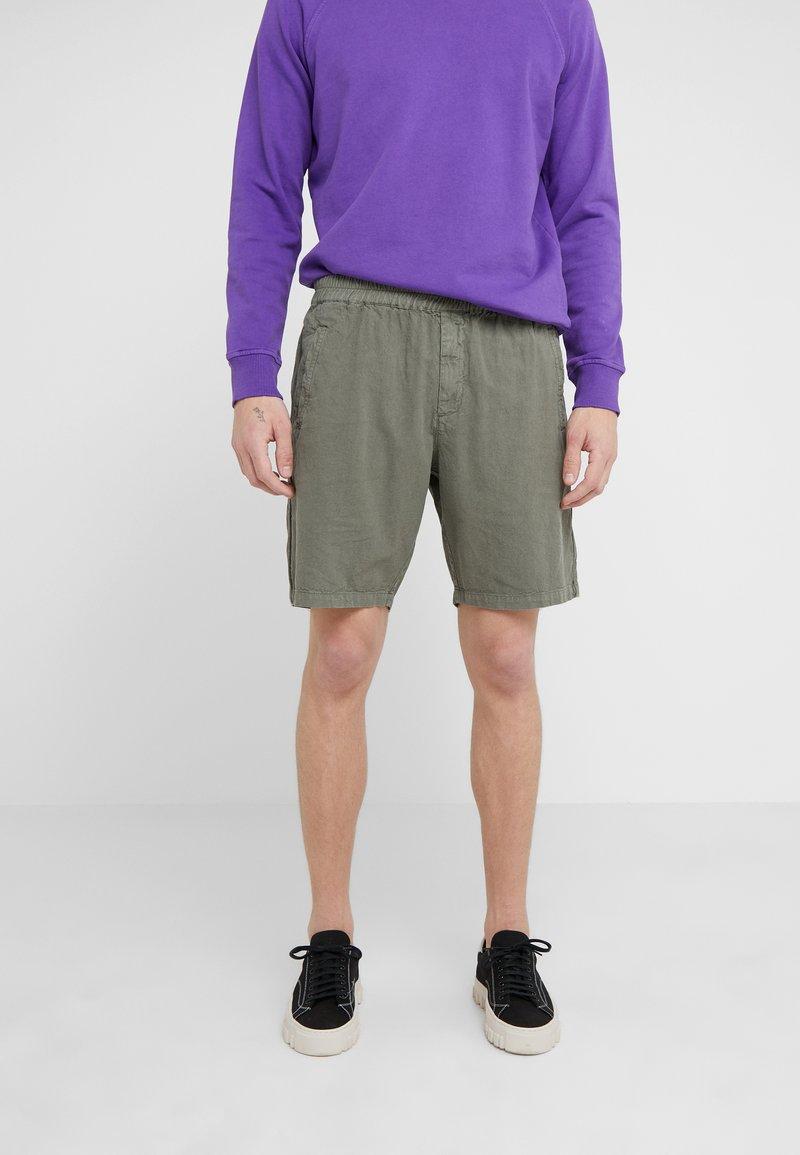 Folk - Shorts - green