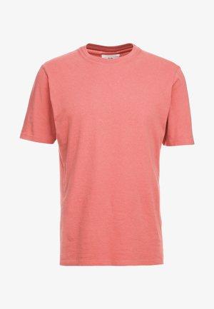 CONTRAST SLEEVE TEE - Camiseta básica - rhubarb
