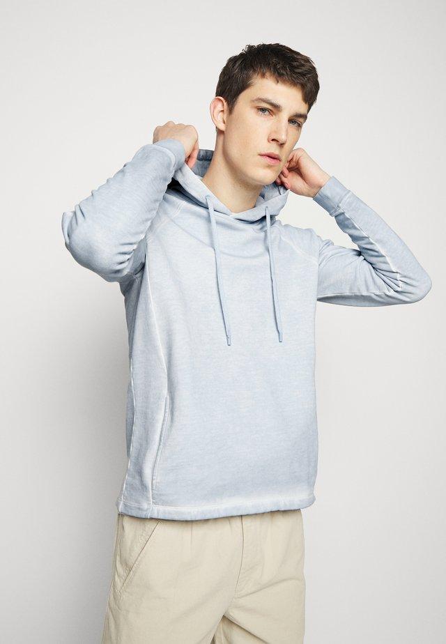 RIVET HOODIE - Jersey con capucha - cold dye mist