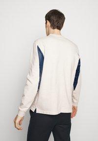 Folk - TILE - Sweatshirt - ecru melange - 2