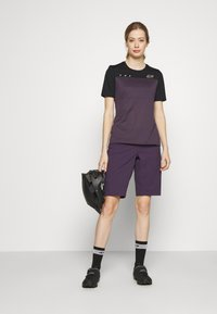 Fox Racing - WOMENS FLEXAIR  - T-Shirt print - dark purple - 1