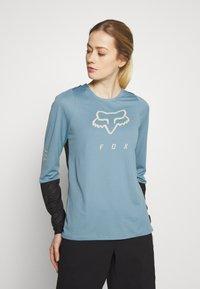Fox Racing - WOMENS DEFEND - Funktionsshirt - light blue - 0