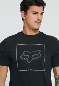 Fox Racing - CHAPPED AIRLINE TEE - T-Shirt print - black - 4
