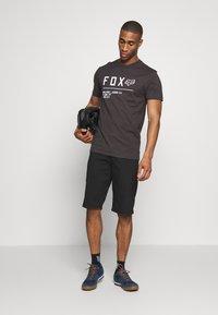 Fox Racing - NON STOP PREMIUM TEE - Print T-shirt - black/white - 1