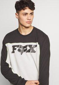 Fox Racing - MILLER CREW - Sweatshirt - black vintage - 3