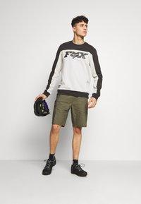 Fox Racing - MILLER CREW - Sweatshirt - black vintage - 1