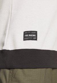Fox Racing - MILLER CREW - Mikina - black vintage - 5