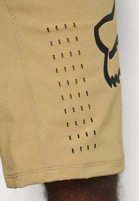 Fox Racing - DEFEND - Outdoor shorts - khaki - 5