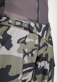 Fox Racing - DEFEND FIRE PANT - Stoffhose - green - 5
