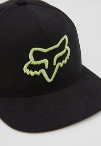 Fox Racing - INSTILL SNAPBACK - Cap - black/green - 2