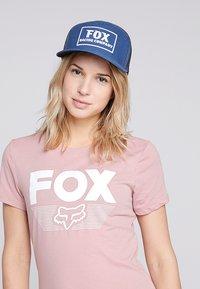 Fox Racing - HEATER SNAPBACK HAT - Kšiltovka - navy - 4