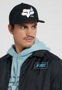 Fox Racing - HELLION FLEXFIT HAT - Cap - black - 1