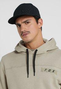 Fox Racing - FLEXFIT HAT - Kšiltovka - black - 1