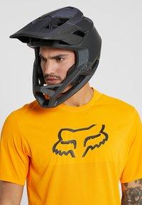 Fox Racing - PROFRAME HELMET - Helm - black - 0