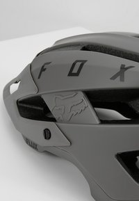 Fox Racing - FLUX HELMET SOLID - Helm - dirt - 7