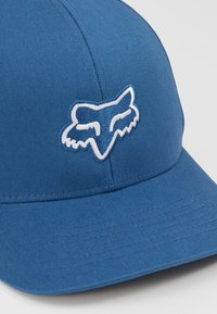 Fox Racing - LEGACY FLEXFIT HAT - Cap - blue - 2
