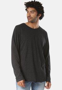 Forvert - LUTAK - Long sleeved top - black - 0