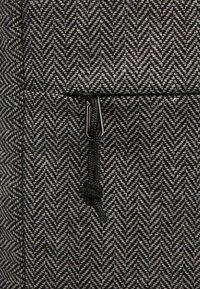 Forvert - NEW LANCE - Batoh - flannel grey - 7