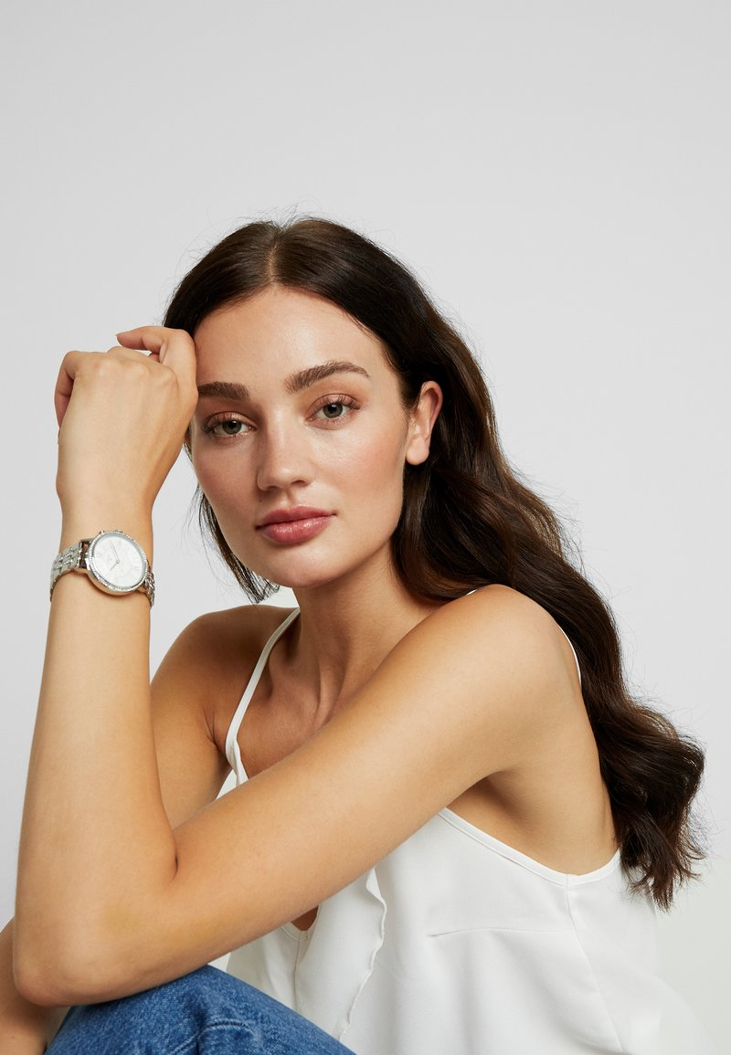 Fossil Smartwatches - JACQUELINE HYBRID - Uhr - silver-coloured