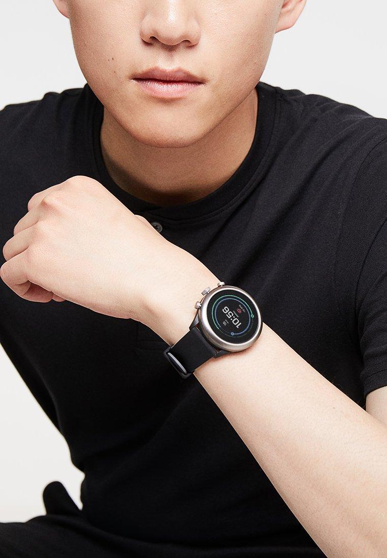Fossil Smartwatches - SPORT SMARTWATCH - Digital watch - schwarz