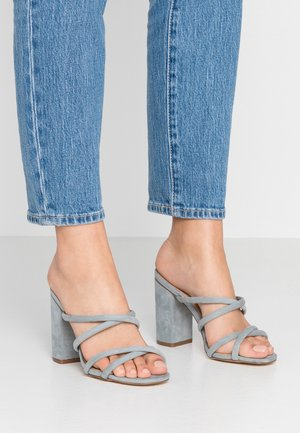 LUNA STRAPPY MID BLOCK  - Sandaler - ice blue