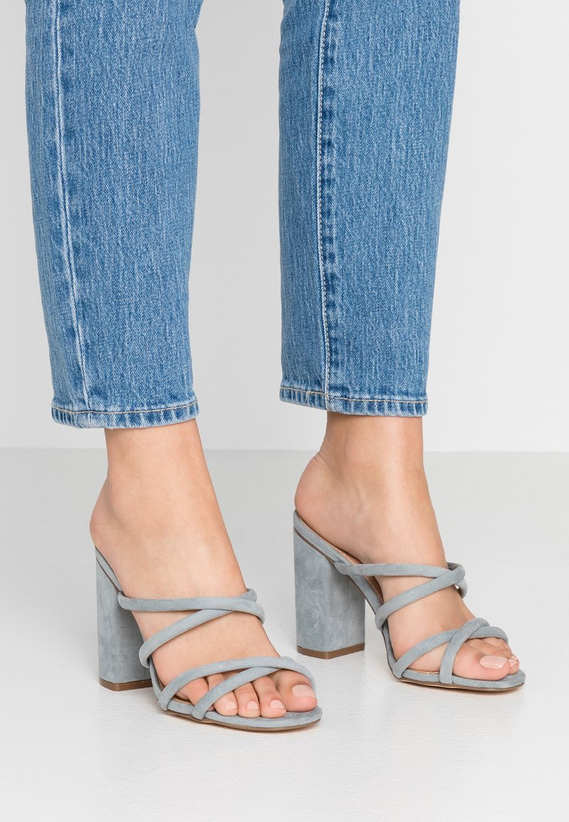 Forever New - LUNA STRAPPY MID BLOCK  - Heeled mules - ice blue