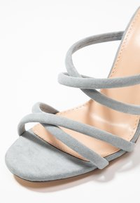 Forever New - LUNA STRAPPY MID BLOCK  - Heeled mules - ice blue - 2