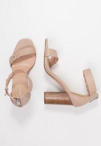 Forever New - LOUISA MID BLOCK  - High Heel Sandalette - taupe - 3
