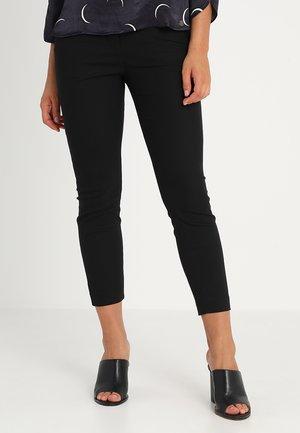 GRACE PANTS - Bukse - black
