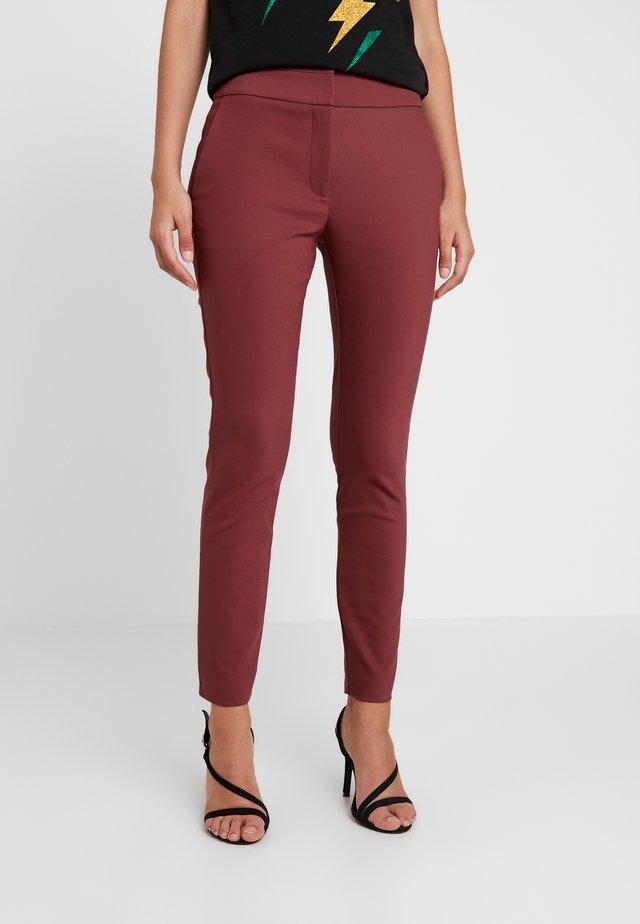 GEORGIA HIGH WAIST FULL LENGTH PANT - Pantalones - royal rust