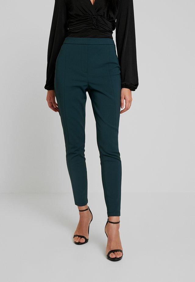 LEAH HIGHWAIST SKINNY PANT - Spodnie materiałowe - deep green