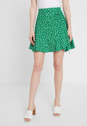 LIBBY RUCHED MINI SKIRT - Áčková sukně - green