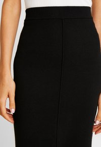 Forever New - ARIA PENCIL SKIRT - Jupe crayon - black - 4