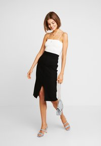 Forever New - ARIA PENCIL SKIRT - Jupe crayon - black - 1