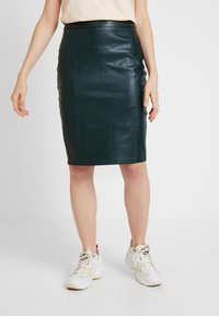 Forever New - AMY PENCIL SKIRT - Pencil skirt - green bay - 0