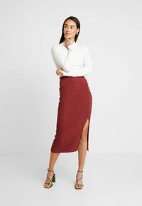 Forever New - BROOKE BUTTON SKIRT - Falda de tubo - rust - 1