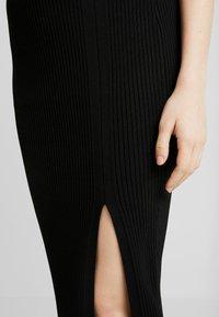 Forever New - CLAIRE SPLIT SKIRT - Falda de tubo - black - 4