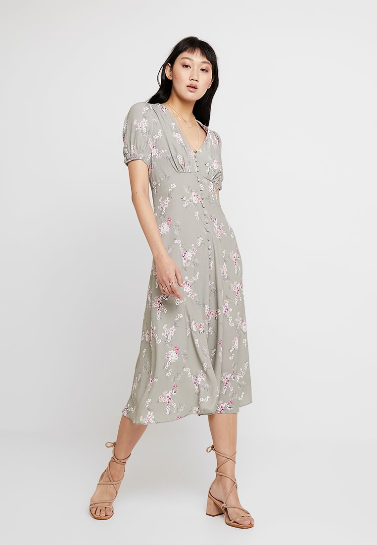Forever New - RAINA PRINTED MIDI DRESS - Skjortekjole - khaki