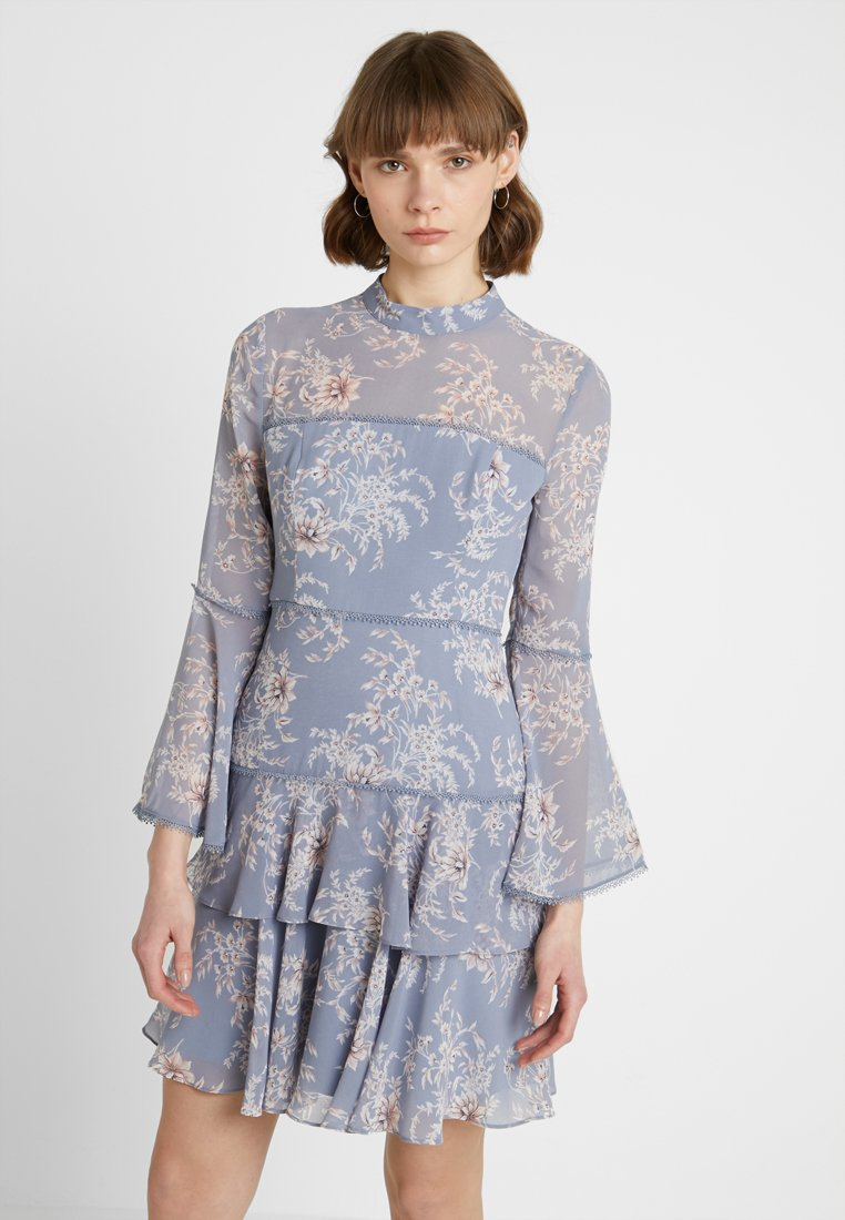 Forever New - ARCHIE FLARE SLEEVE DRESS - Cocktail dress / Party dress - blue