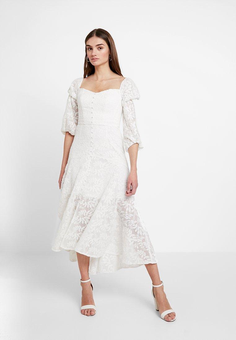 Forever New - EMBROIDERED BARDOT DRESS - Maksimekko - porcelain