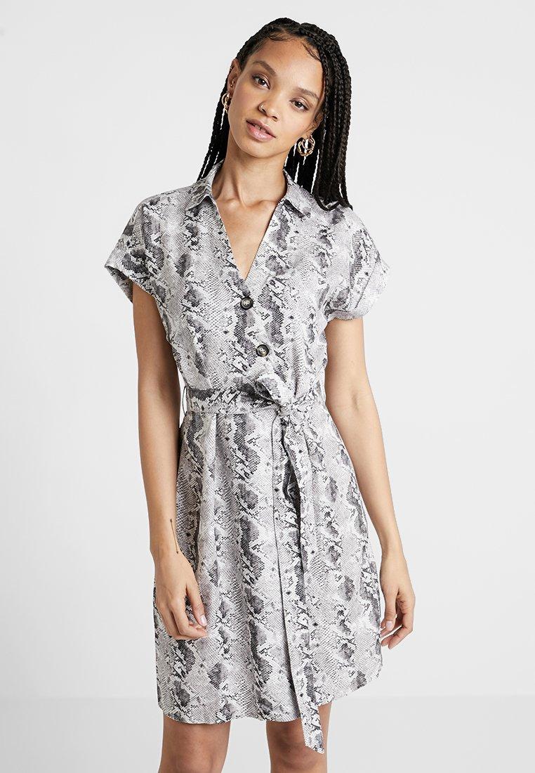 Forever New - ROSIE UTILITY DRESS - Freizeitkleid - grey