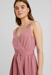 Forever New - IMOGEN WRAP DRESS - Vestido largo - romantic rouge - 5