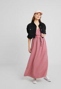 Forever New - IMOGEN WRAP DRESS - Vestido largo - romantic rouge - 2