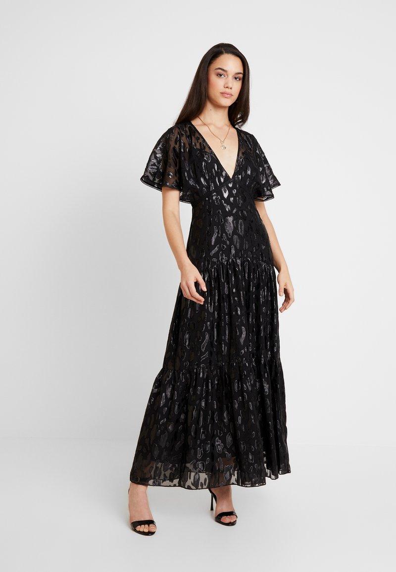 Forever New - ESTER FLUTTER SLEEVE DRESS - Ballkleid - black