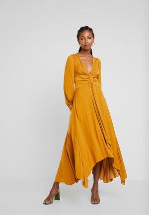GENEVIEVE  - Maxi dress - ochre