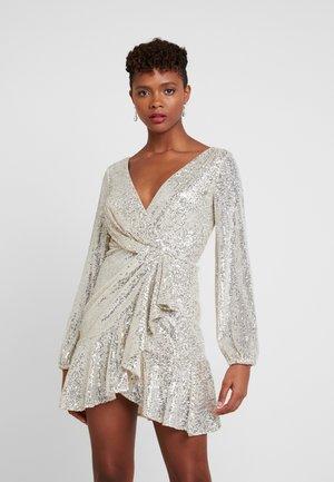 SEQUIN FLIP DRESS - Vestito elegante - silver