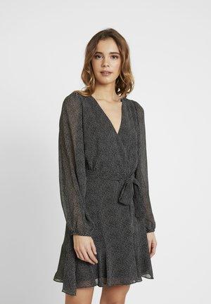 SOPHIA WRAP MINI DRESS - Vardagsklänning - black/white