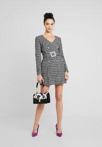 Forever New - BELTED DRESS - Shift dress - black/white - 2