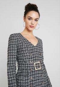 Forever New - BELTED DRESS - Shift dress - black/white - 4